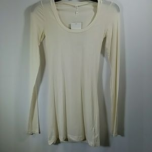 Splendid Layers Long Sleeves Cream Top Size S
